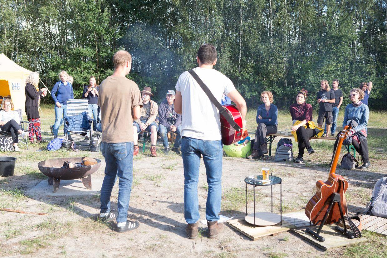 Muzikanten tijdens het Kampvuurfestival 2019